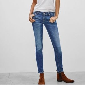 Aritzia The Castings Mid Rise Skinny Jean Denim in Mid Blue Vintage Size 27